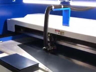 2019年年底PLK工厂正在紧张的生产防偷窥膜